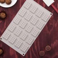 """Силиконовая форма для шоколада """"Вафля"""" 20 ячеек"""
