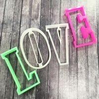 Вырубка для пряников LOVE 10см